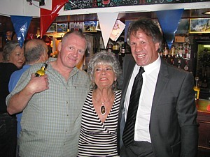 Pat Harding flanked by Tim Sizer and her son-in-law Sandy Sanders