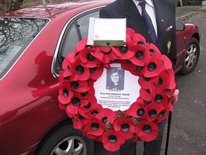 Close-up of Noel Cashford's wreath